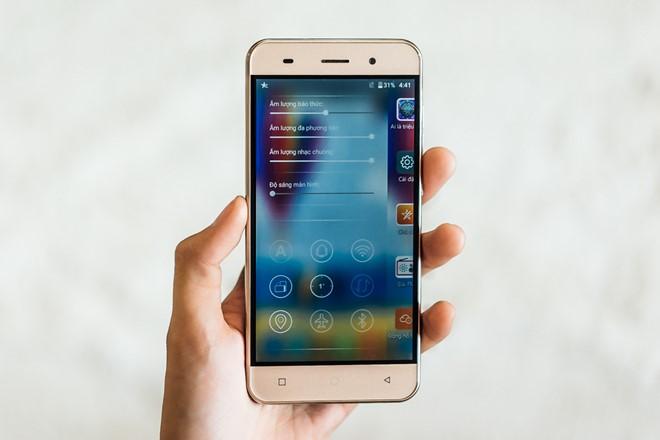 LAI_Yuki_Smartphone_man_hinh_5_inch_tam_gia_3_trieu_dong_6