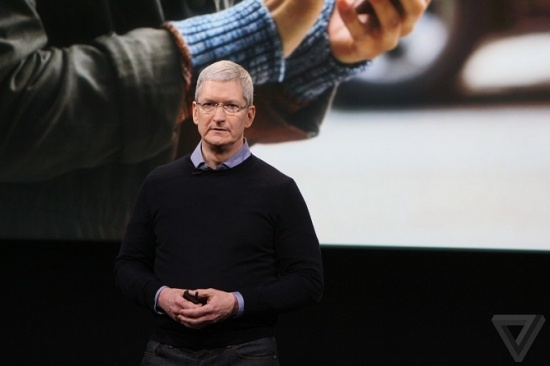 tim-cook-1-bb-baaackqG4m