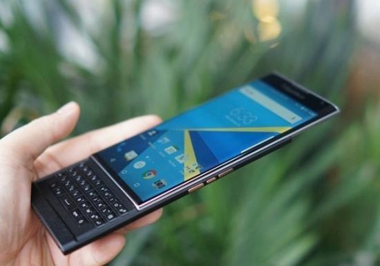 blackberry-1-bb-baaabX6u0s