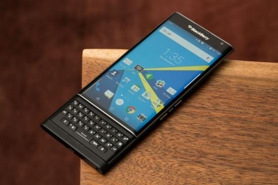 blackberry-priv-review-1-bb-baaadWb8Ao