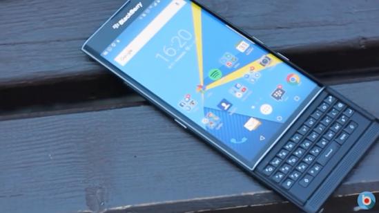 smartphone-ha-gia-2-bb-baaadELvZy