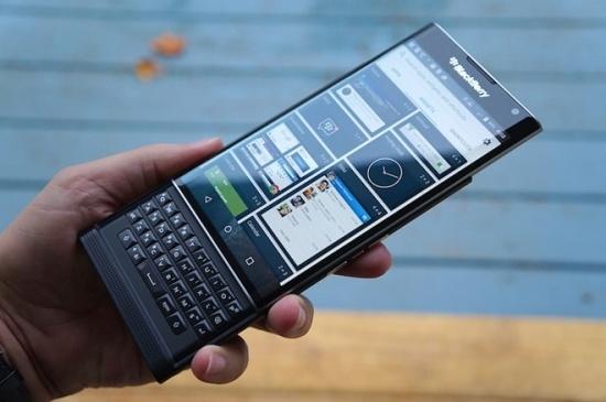 blackberrypriv3-bb-baaacRlklt