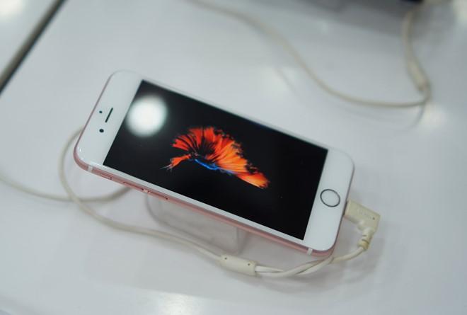 iphone-6s-giam-gia-sau-tai-viet-nam-don-iphone-7-bb-baaabVB4qd