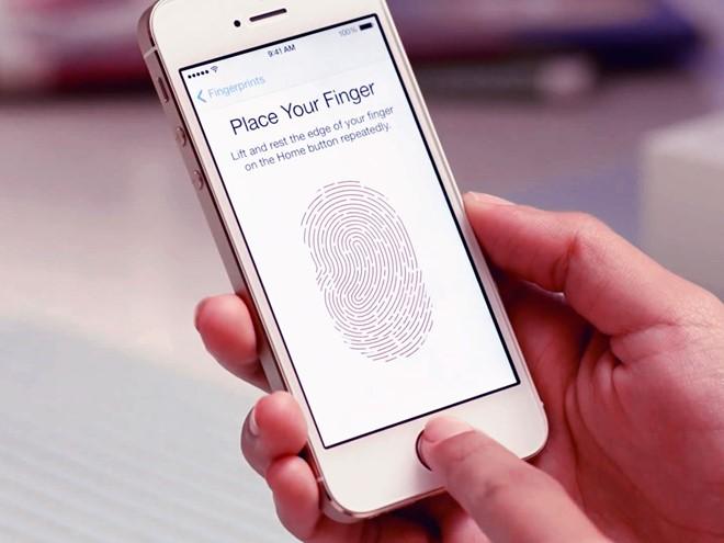 smartphone-cam-bien-van-tay-gia-re-tran-ngap-thi-truong-bb-baaadv2ldN
