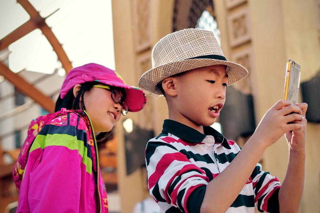 kid_smartphones