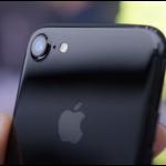 apple-iphone-7-jet-black-1477379868235-crop-1477379937884